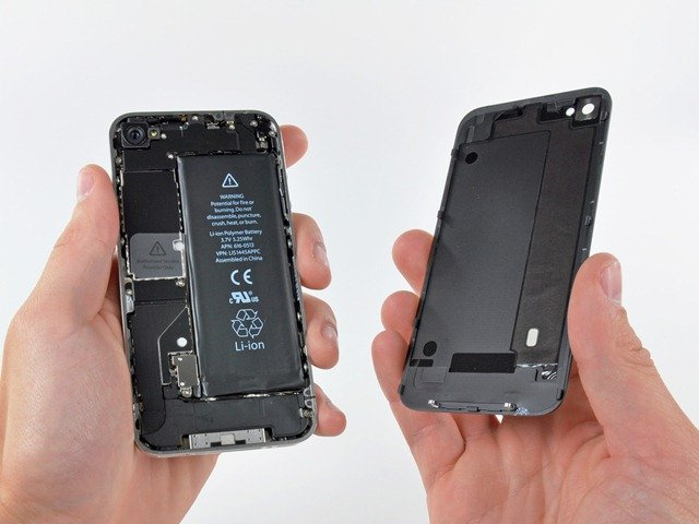 iPhone 4 teardownv