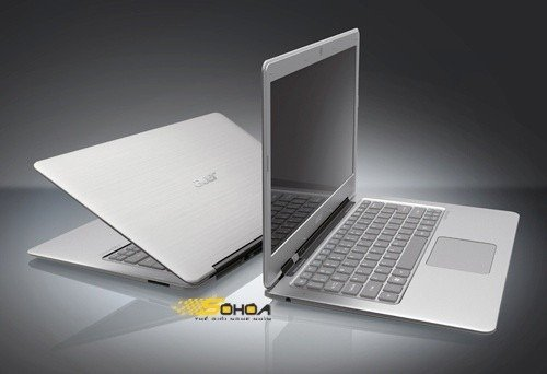 Acer 3951 - Copy Of The Macbook Air