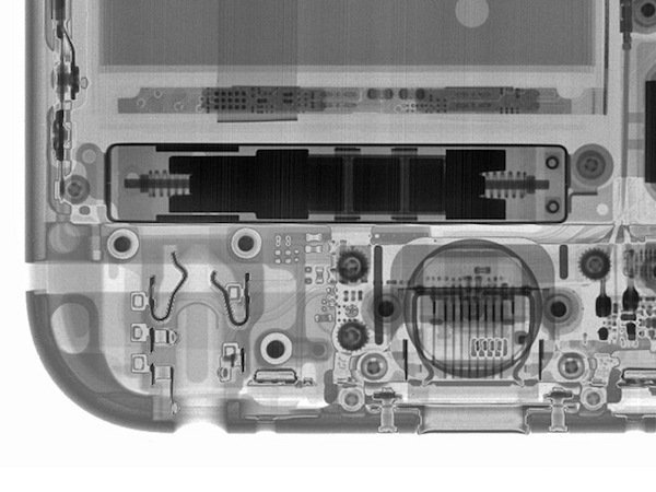 New Taptic Engine in iPhone 6s which reaches peak output after just one oscillation