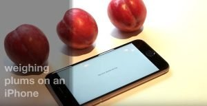 You can weigh Plums with iPhone 6s' 3D Touch display