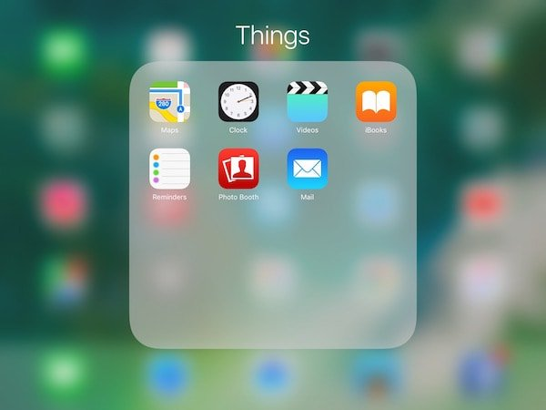 iOS 10 folder background and animation